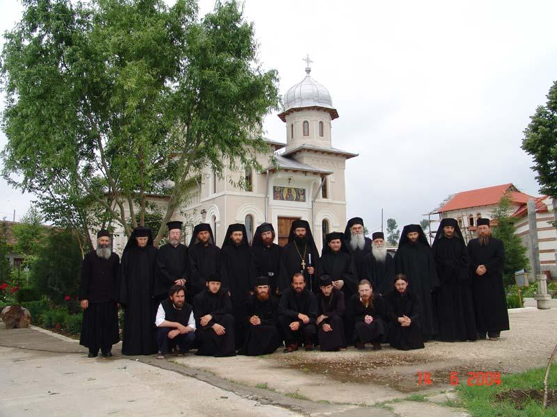 Obștea mănăstirii în anul 2004